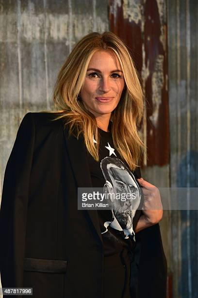 Julia Roberts attends the Givenchy show during Spring 2016 New York Fashion Week at Pier 26 on September 11 2015 in New York City