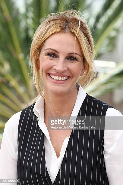Julia Roberts attends the Money Monster Photocall during The 69th Annual Cannes Film Festival on May 12 2016 in Cannes