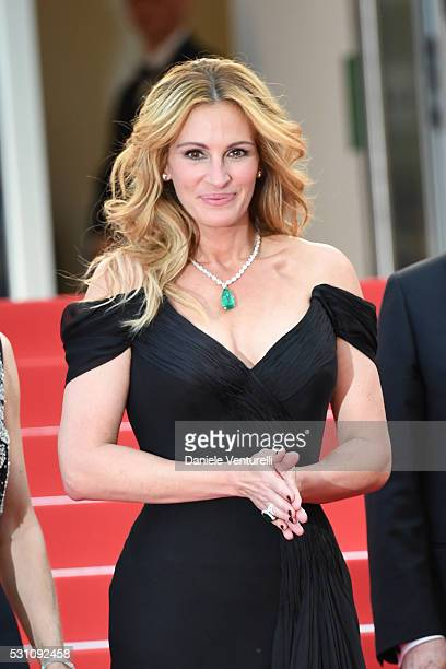 Julia Roberts attends the 'Money Monster' premiere during the 69th annual Cannes Film Festival at the Palais des Festivals on May 12 2016 in Cannes