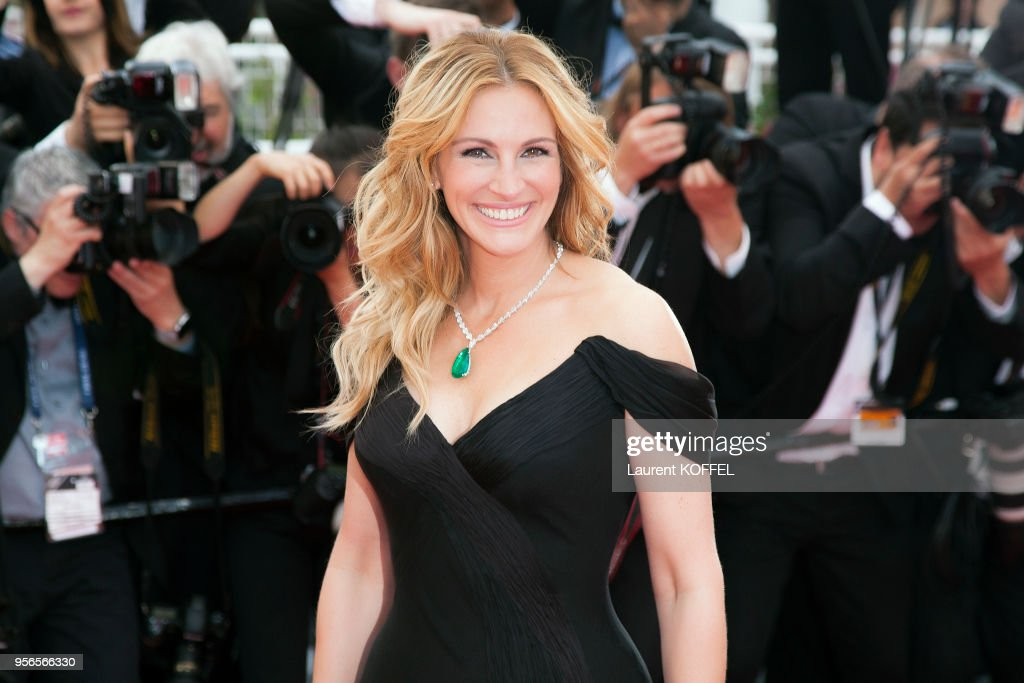 Money Monster' - Red Carpet Arrivals - The 69th Annual Cannes Film Festival : News Photo