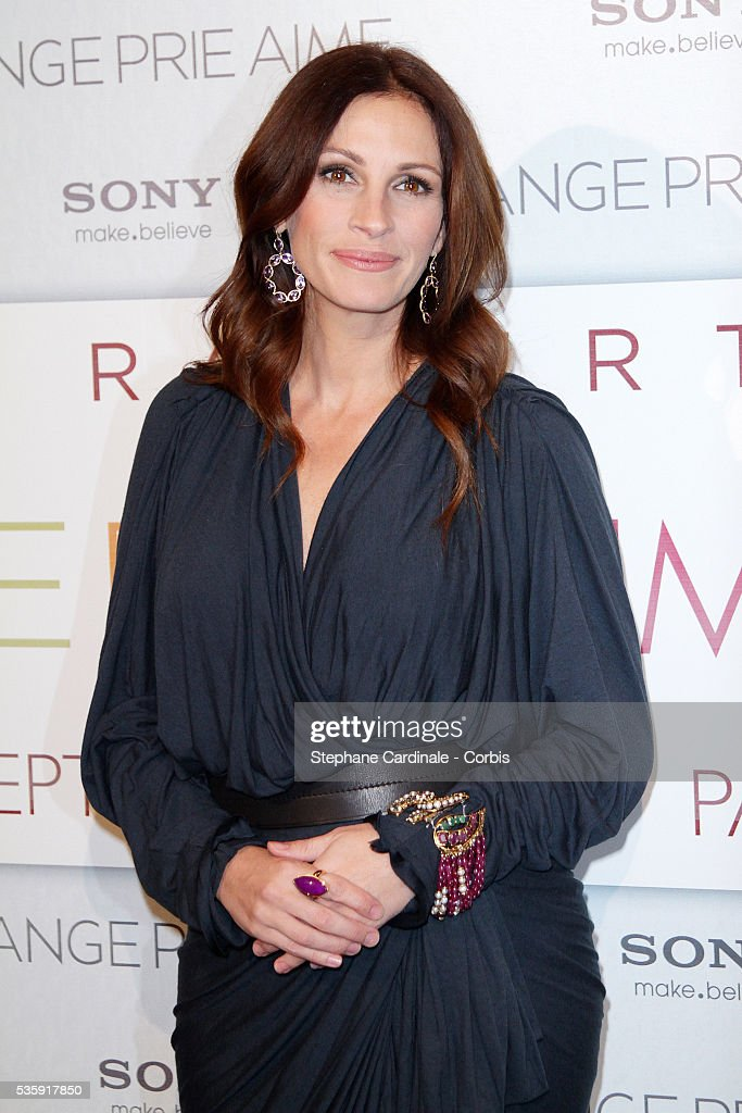 Julia Roberts attends the premiere of 'Eat Pray Love' in Paris.