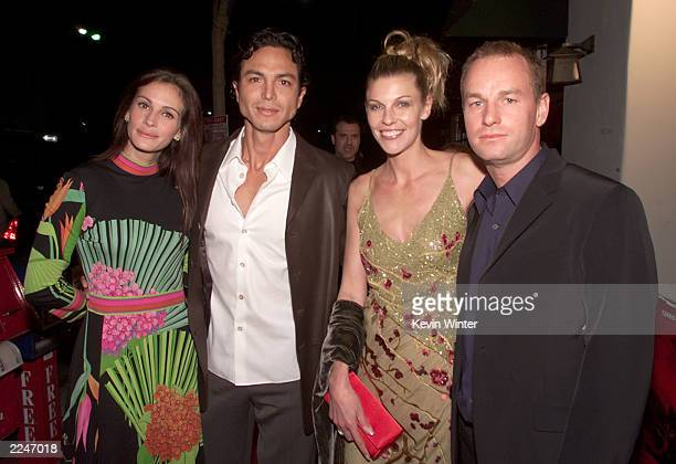 Julia Roberts, Benjamin Bratt, Paula Thomas and director Antony Hoffman at the World Premiere of 'Red Planet' at the Village Theater in Los Angeles,...