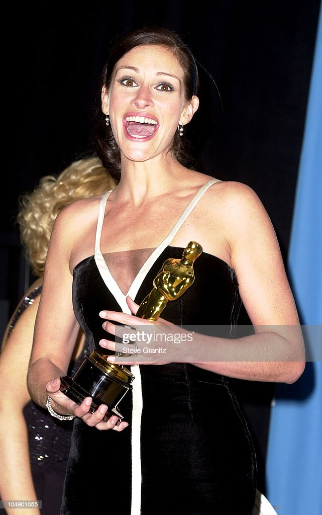 Julia Roberts during The 73rd Annual Academy Awards ...