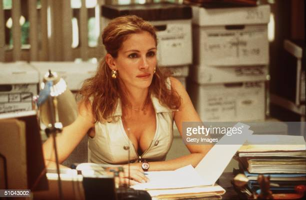 Julia Roberts Stars In The Movie Erin Brockovich.