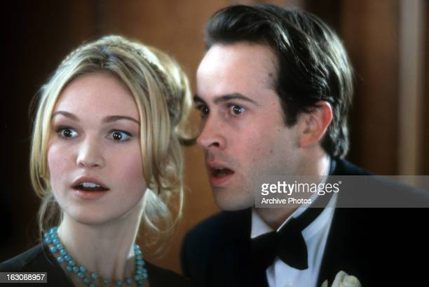 Julia Stiles and Jason Lee in a scene from the film 'A Guy Thing' 2003