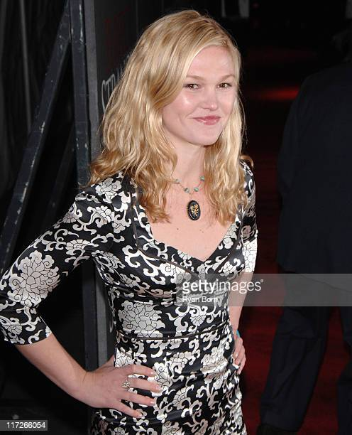 Julia Stiles during Perfect Stranger New York Premiere – Arrivals at Ziegfeld Theater in New York City New York United States