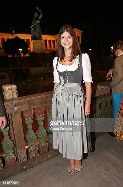 Julia Tewaag Julia Frank daughter of Uschi Glas during the Oktoberfest at Theresienwiese on September 30 2016 in Munich Germany
