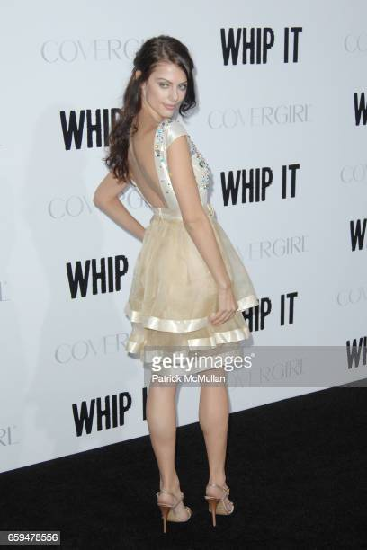 Julia Voth attends LOS ANGELES PREMIERE OF WHIP IT at Grauman's Chinese Theatre on September 29 2009 in Hollywood California