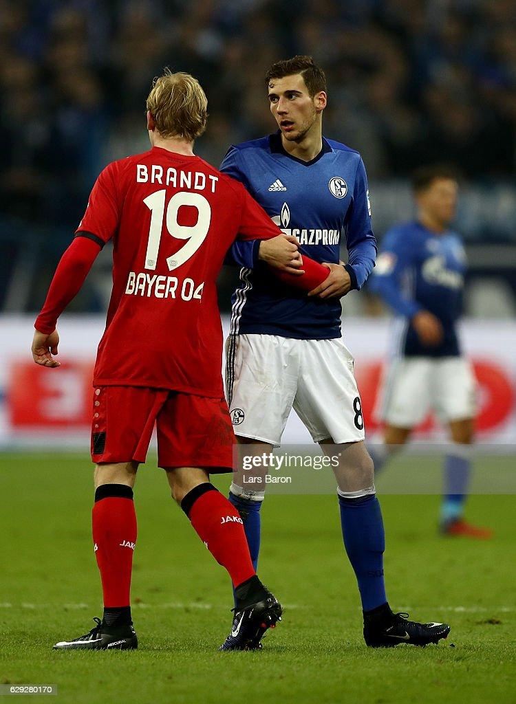 FC Schalke 04 v Bayer 04 Leverkusen - Bundesliga : Nachrichtenfoto