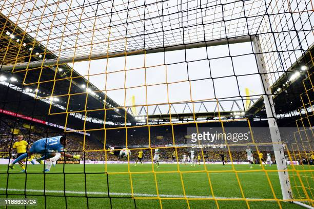 Julian Brandt of Borussia Dortmund scores his sides fifth goal during the Bundesliga match between Borussia Dortmund and FC Augsburg at Signal Iduna...