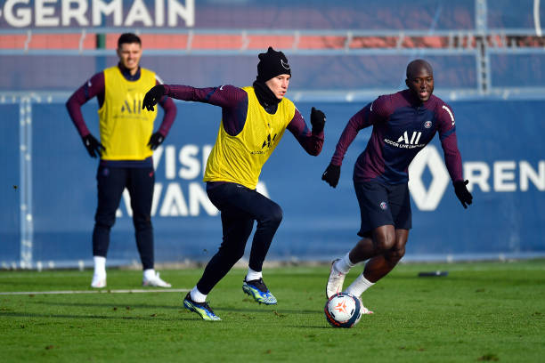 FRA: Paris Saint-Germain Training Session