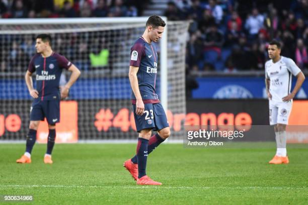 Julian Draxler of PSG looks dejected during the Ligue 1 match between Paris Saint Germain and Metz at Parc des Princes on March 10 2018 in Paris