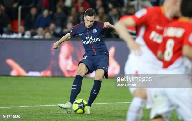 Julian Draxler of PSG scores the 7th goal for PSG during the Ligue 1 match between Paris Saint Germain and AS Monaco at Parc des Princes stadium on...