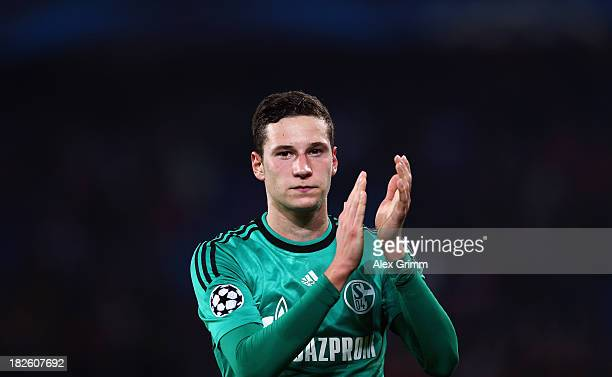 Julian Draxler of Schalke celebrates after the UEFA Champions League Group E match between FC Basel 1893 and FC Schalke 04 at St JakobPark on October...