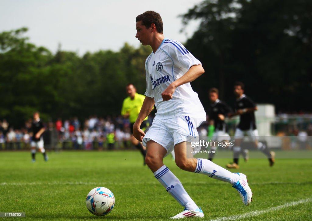 Schalke 04 v Coal Miners Team - Charity Match : News Photo