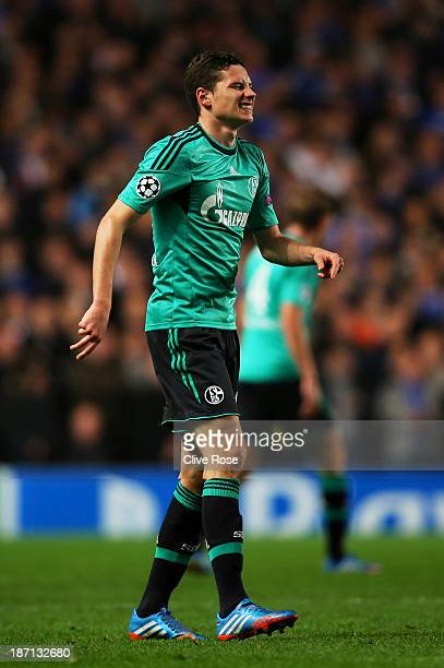 Julian Draxler of Schalke reacts during the UEFA Champions League Group E match between Chelsea and FC Schalke 04 at Stamford Bridge on November 6...