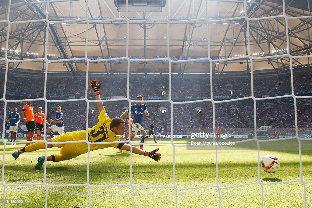 FC Schalke 04 v SV Darmstadt 98 - Bundesliga : News Photo