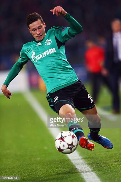 Julian Draxler of Schalkecontroles the ball during the UEFA Champions League Group E match between FC Basel 1893 and FC Schalke 04 at St JakobPark on...