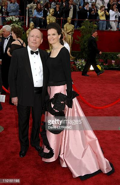 Julian Fellowes and wife Emma at the Seventy Fourth Annual Academy Awards in Los Angeles United States on March 24 2002 For the first time this year...