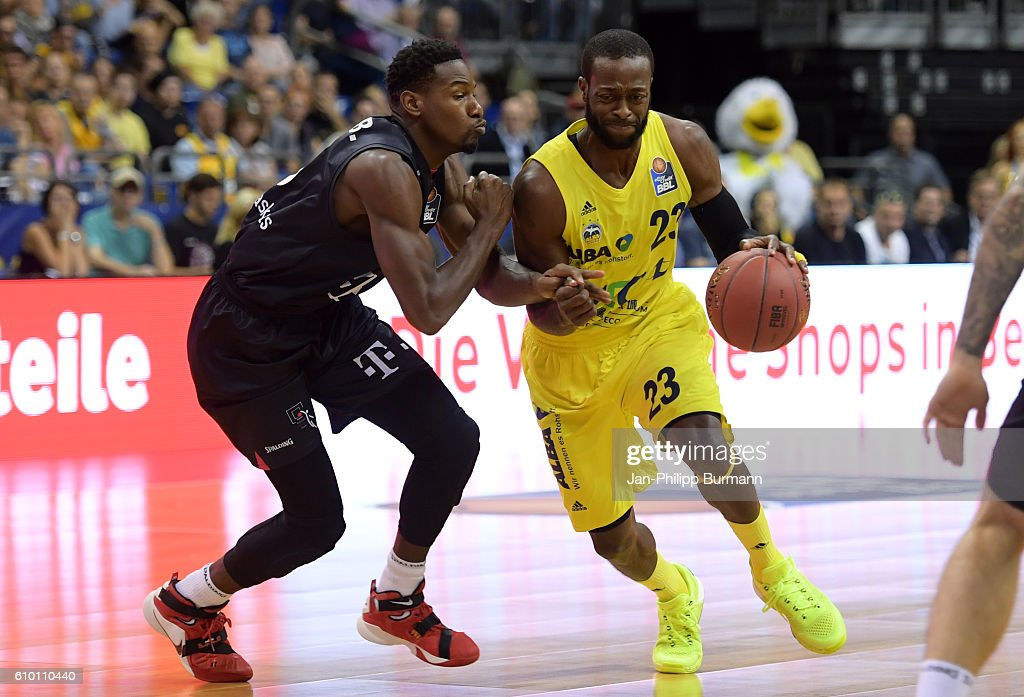 ALBA Berlin v Telekom Baskets Bonn - easyCredit Basketball Bundesliga