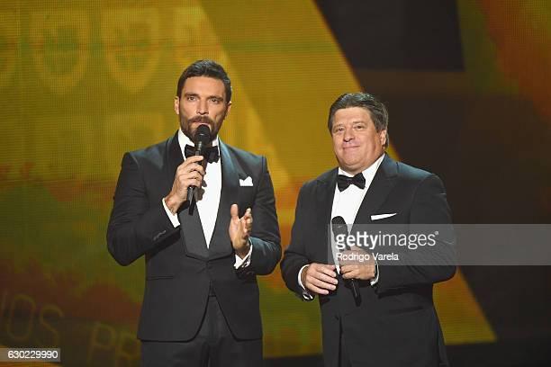 Julian Gil and Miguel 'El Piojo' Herrera speak onstage during Premios Univision Deportes 2016 on December 18 2016 in Miami Florida