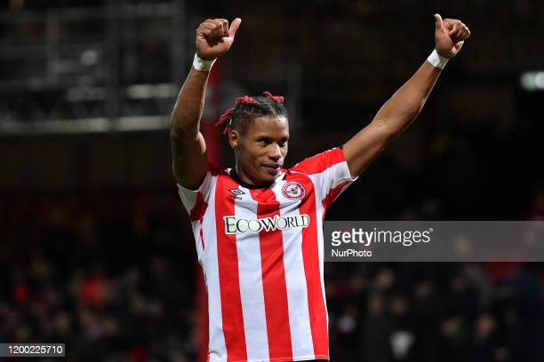 Julian Jeanvier of Brendford thanking the fans during the Sky Bet Championship match between Brentford and Leeds United at Griffin Park London on...