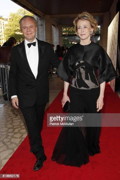 Julian Lethbridge and Anne Bass attend NEW YORK CITY BALLET Spring Gala 2010 Arrivals at Lincoln Center on April 29 2010 in New York