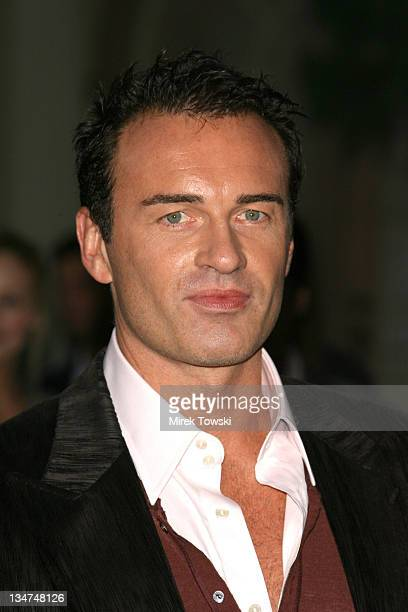 Julian McMahon during Season Four premiere of Nip/Tuck Los Angeles Arrivals at Paramount Studios in Hollywood CA United States