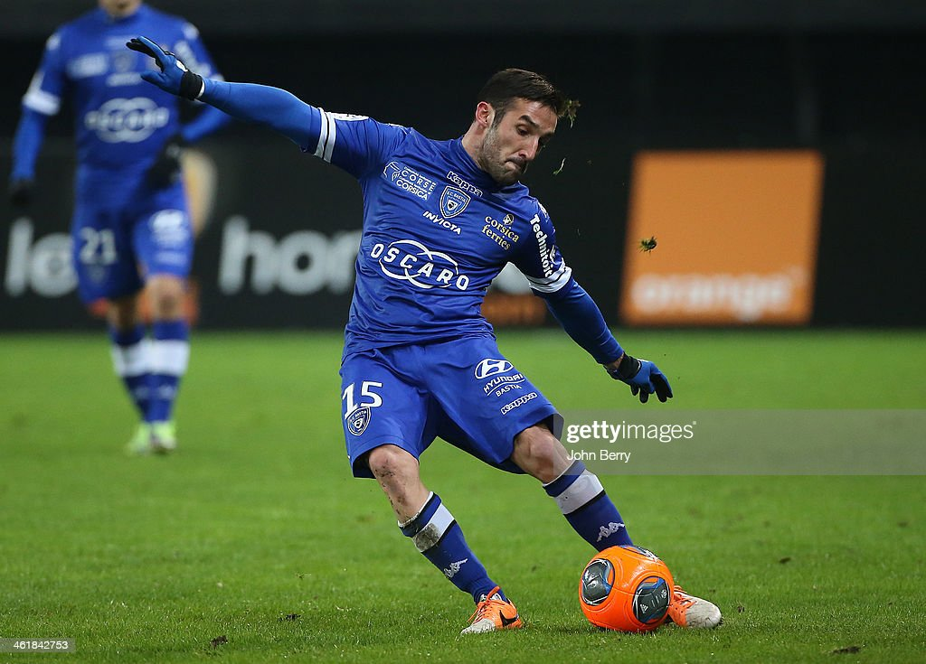 Julian Palmieri of Bastia in action during the french Ligue 1 match between Valenciennes FC and SC Bastia at the Stade du Hainaut on January 11, 2014 in Valenciennes, France.