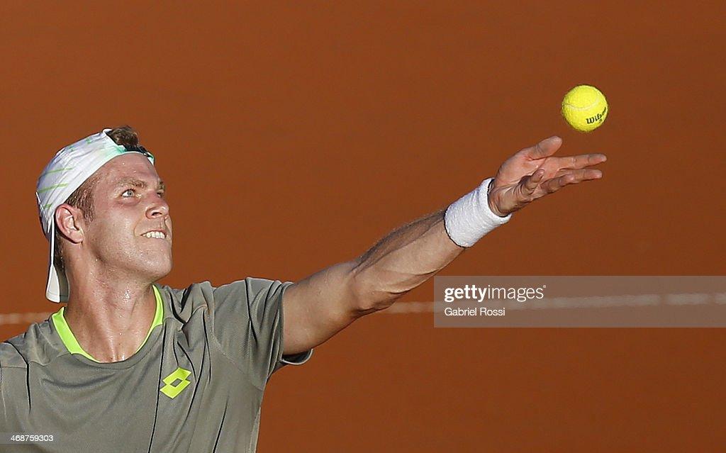 ATP Buenos Aires Copa Claro - Fabio Fognini v Julian Reister : News Photo