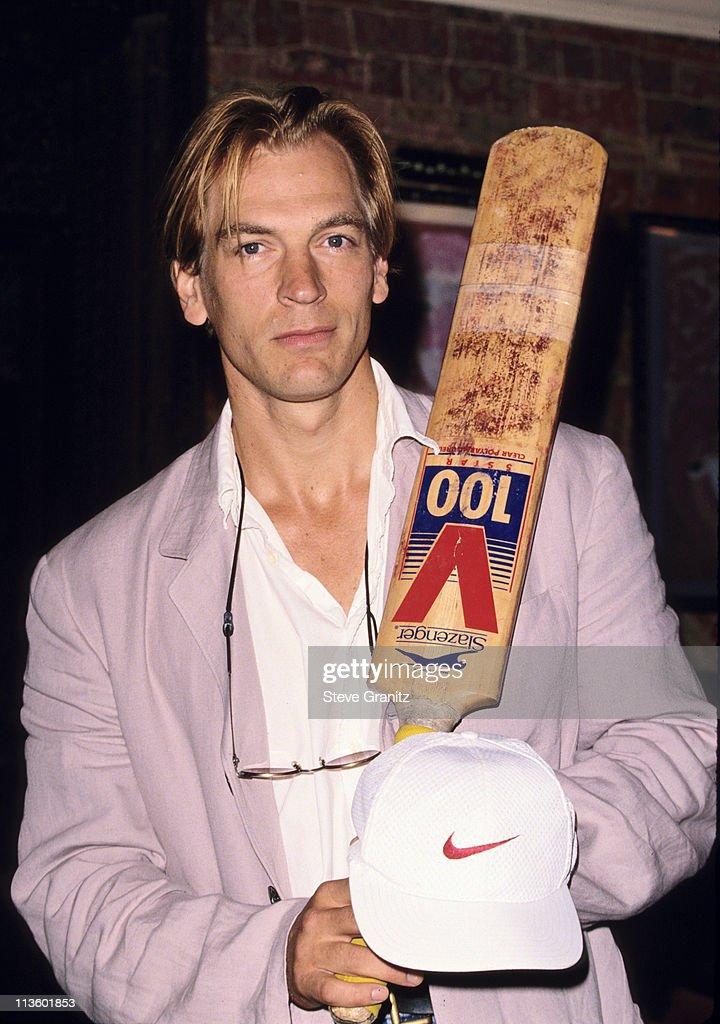 Press Con. Pro Celeb. Cricket Match : News Photo
