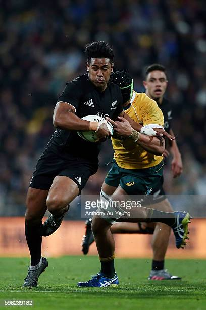 Julian Savea of New Zealand makes a break during the Bledisloe Cup Rugby Championship match between the New Zealand All Blacks and the Australia...