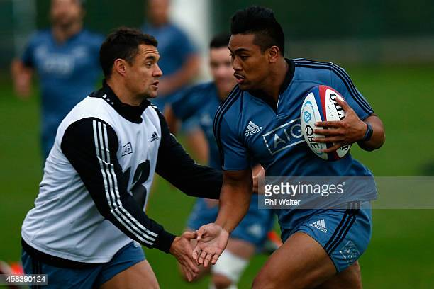 Julian Savea of the All Blacks runs during a New Zealand All Blacks training session at Latymers on November 4, 2014 in London, England.