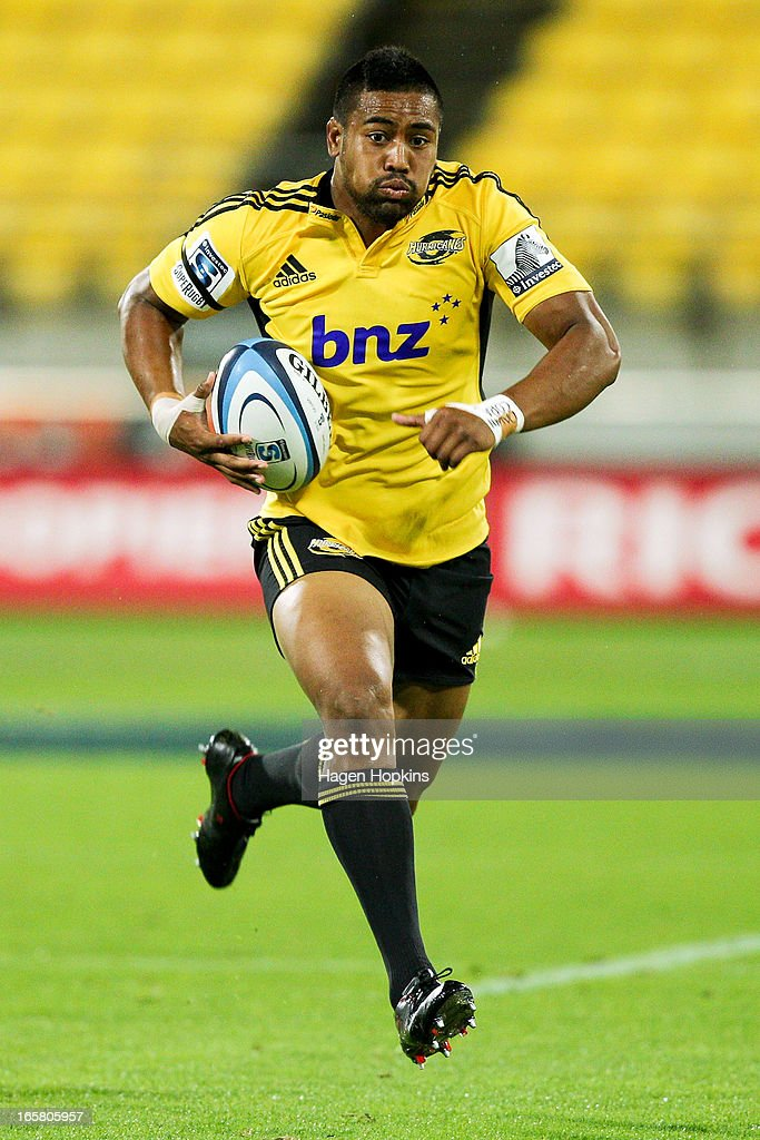 Julian Savea of the Hurricanes makes a break on his way to scoring a try during the round eight Super Rugby match between the Hurricanes and the Waratahs at Westpac Stadium on April 6, 2013 in Wellington, New Zealand.