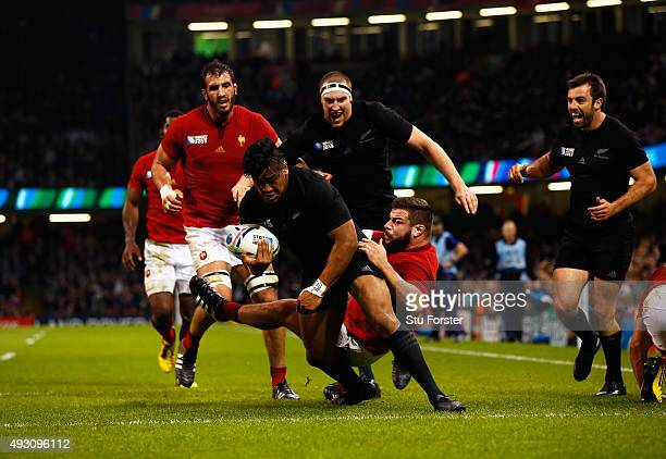 Julian Savea of the New Zealand All Blacks scores his second try his team's fourth try during the 2015 Rugby World Cup Quarter Final match between...