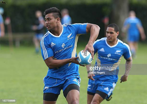 Julian Savea runs with the ball during a New Zealand All Blacks training session held at St George's College on September 25 2012 in Buenos Aires...