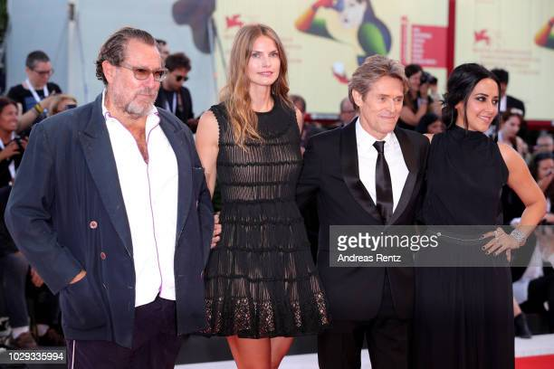 Julian Schnabel Louise Kugelberg Willem Dafoe and Giada Colagrande walk the red carpet ahead of the Award Ceremony during the 75th Venice Film...