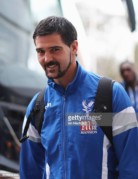 Julian Speroni of Crystal Palace arrives prior to during the Premier League match between Hull City and Crystal Palace at KCOM Stadium on December 10...