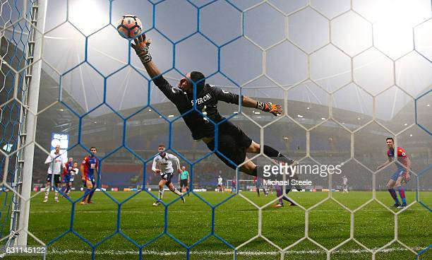Julian Speroni of Crystal Palace attempts to make a save during the Emirates FA Cup third round match between Bolton Wanderers and Crystal Palace at...