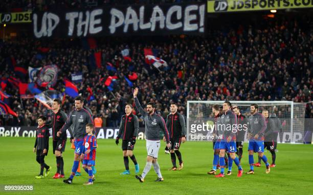 Julian Speroni of Crystal Palace waves as the team walk out before the Premier League match between Crystal Palace and Arsenal at Selhurst Park on...