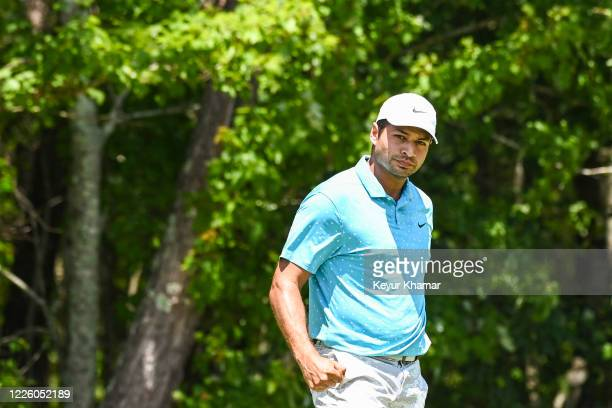 Julian Suri pumps his fist to celebrate his victory on the second hole of a playoff during the final round of an APGA Tour event on the Slammer...