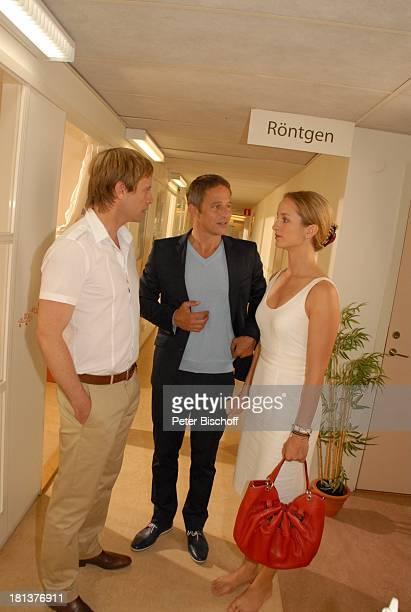 "Julian Weigend, Andreas Brucker, Lara Joy Körner , ZDF-Sonntagsfilm Inga Lindström-Film, Folge 31 ""Das Herz meines Vaters"", ""Qualtity Hotel Nacka"" ,..."