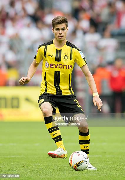 Julian Weigl of Borussia Dortmund in action during the Bundesliga match between Borussia Dortmund and 1 FC Koeln at Signal Iduna Park on May 14 2016...
