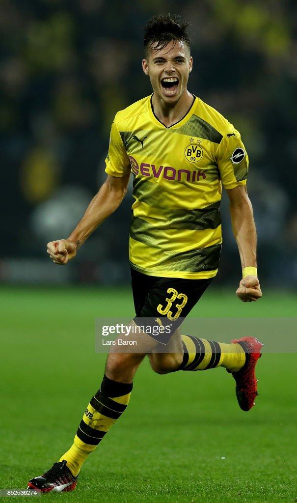 Julian Weigl of Dortmund celebrates during the Bundesliga match between Borussia Dortmund and Borussia Moenchengladbach at Signal Iduna Park on September 23, 2017 in Dortmund, Germany.
