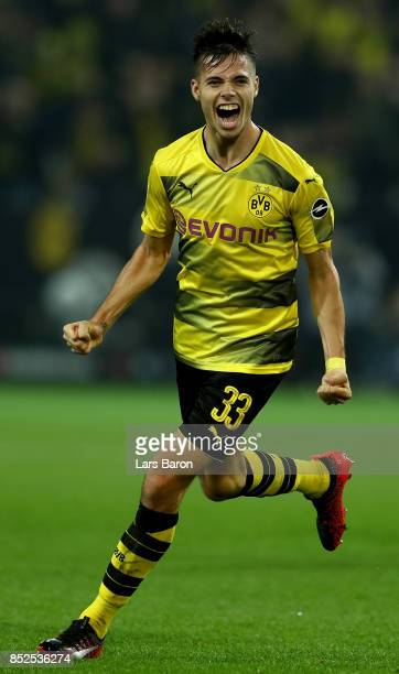 Julian Weigl of Dortmund celebrates during the Bundesliga match between Borussia Dortmund and Borussia Moenchengladbach at Signal Iduna Park on...