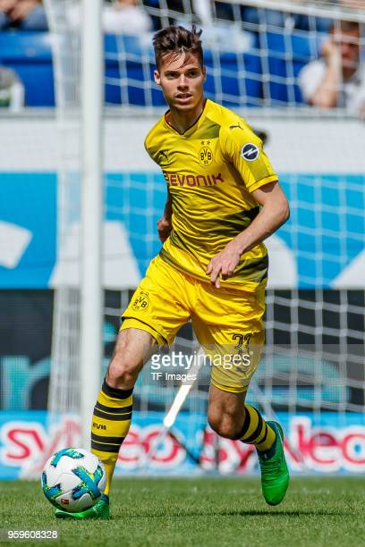 Julian Weigl of Dortmund controls the ball during the Bundesliga match between TSG 1899 Hoffenheim and Borussia Dortmund at Wirsol RheinNeckarArena...