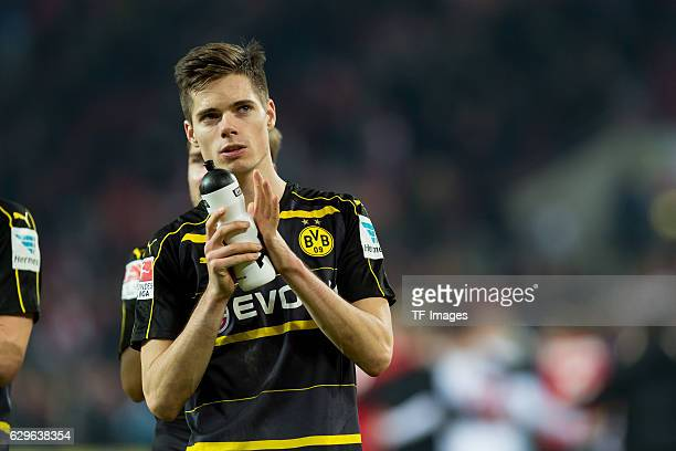 Julian Weigl of Dortmund gestures during the Bundesliga match between 1 FC Cologne and Borussia Dortmund at the RheinEnergie stadium in Cologne...