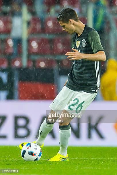 Sonntag Laenderspiel in Augsburg Deutschland Slowakei 13 Julian Weigl