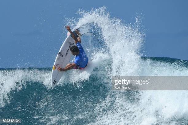 Julian Wilson competes in the 2017 Billabong Pipe Masters on December 18 2017 in Pupukea Hawaii