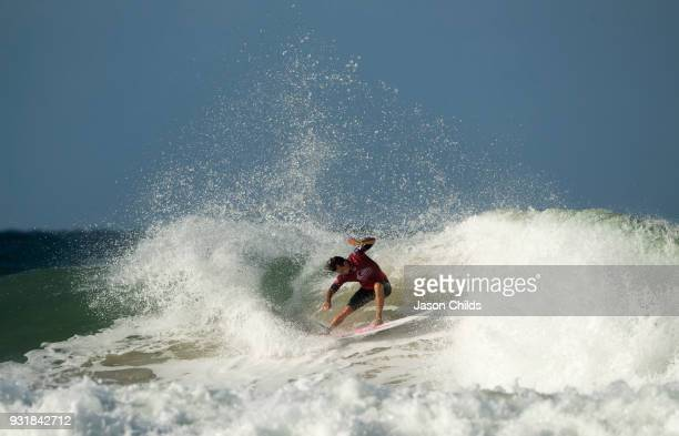 Julian Wilson one of the crowd favourites won his way into the Quarter finals at Snapper Rocks Coolangatta for The Quiksilver Pro Gold Coast Stop No...
